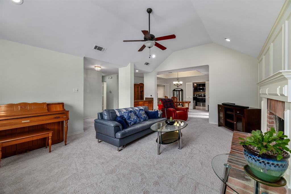 6011 Windbreak  Trail, Dallas, Texas 75252 - acquisto real estate best real estate company in frisco texas real estate showings
