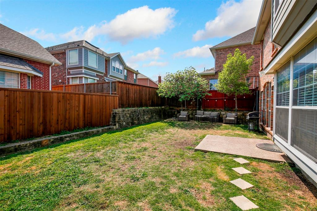 1226 Nocona  Drive, Irving, Texas 75063 - acquisto real estate best plano real estate agent mike shepherd