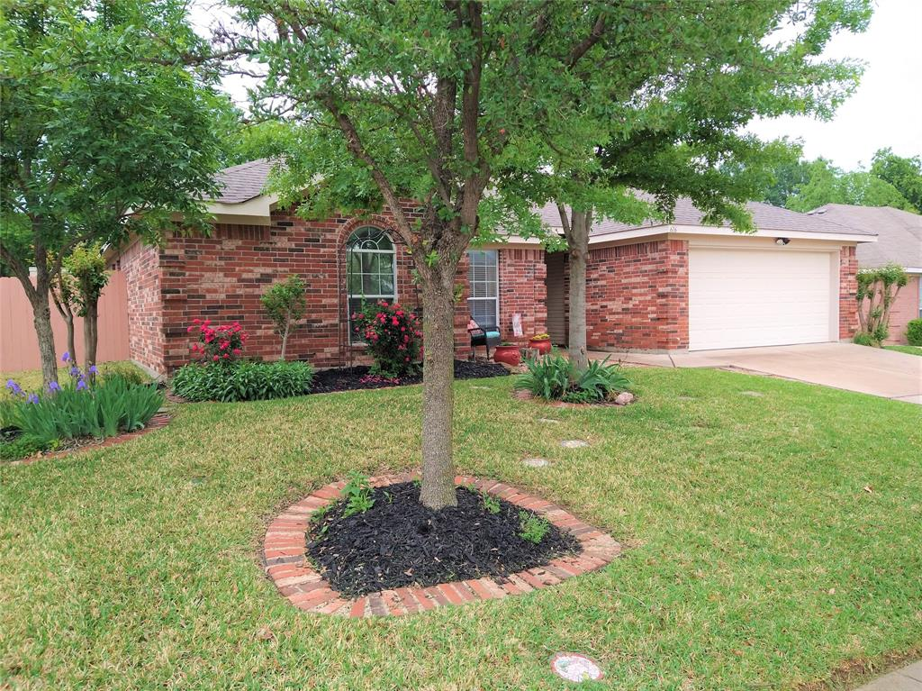 616 Daniel  Burleson, Texas 76028 - Acquisto Real Estate best plano realtor mike Shepherd home owners association expert