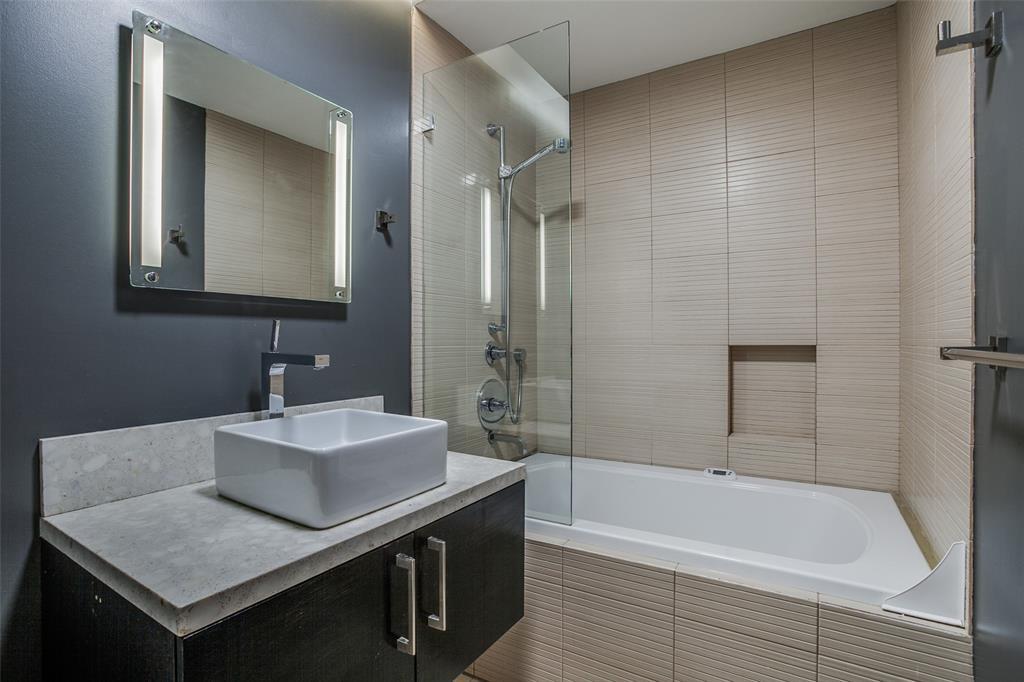 14 Vanguard  Way, Dallas, Texas 75243 - acquisto real estate best photo company frisco 3d listings