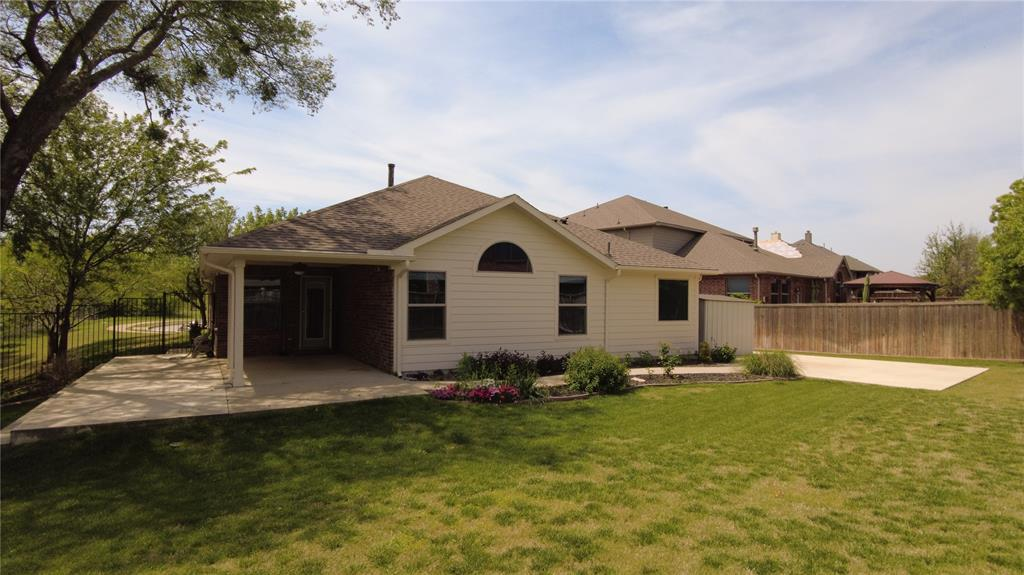 300 Dorset  Court, Roanoke, Texas 76262 - acquisto real estate best new home sales realtor linda miller executor real estate
