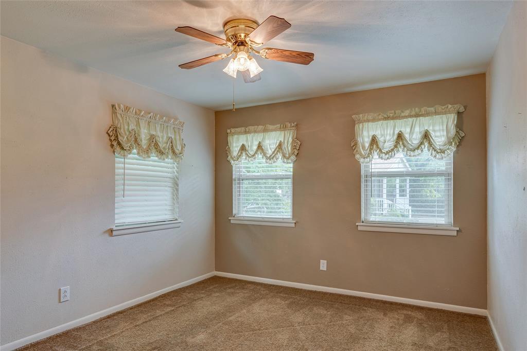 22 Shadowbrook  Lane, Hurst, Texas 76053 - acquisto real estate best realtor westlake susan cancemi kind realtor of the year