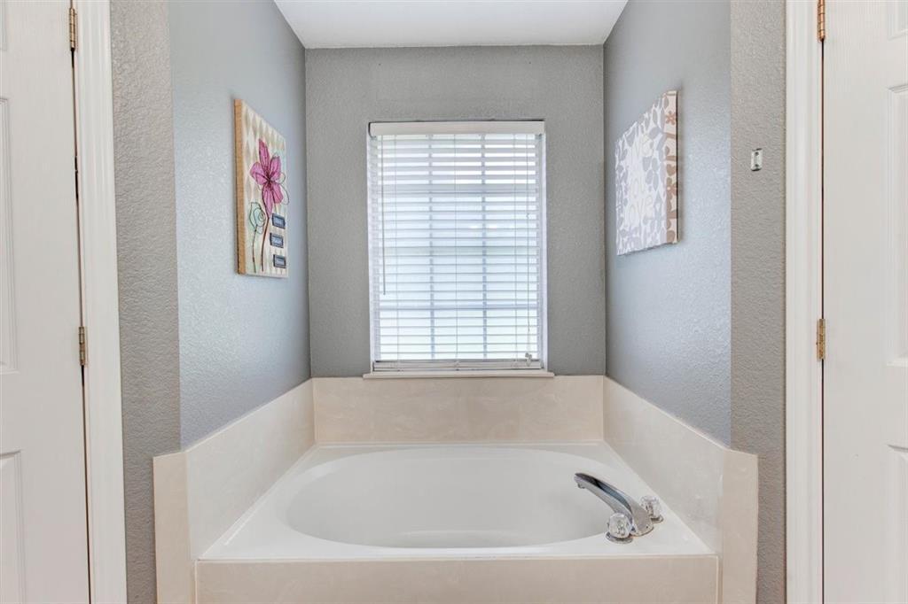 126 Jean  Lane, Burleson, Texas 76028 - acquisto real estate best new home sales realtor linda miller executor real estate