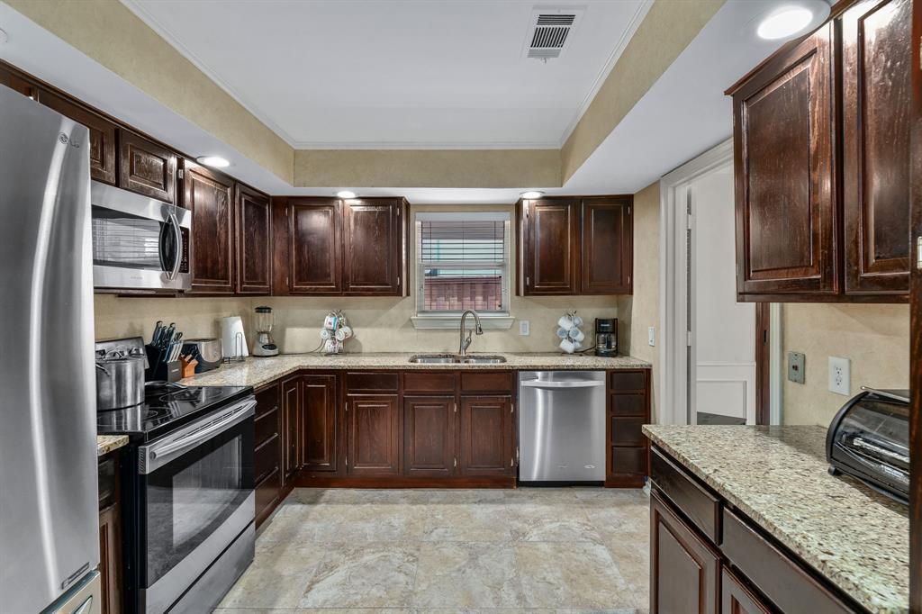 6011 Windbreak  Trail, Dallas, Texas 75252 - acquisto real estate best new home sales realtor linda miller executor real estate