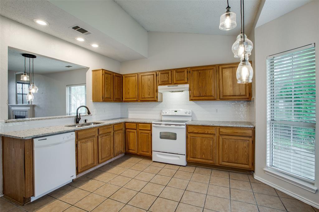 2213 Villawood  Lane, Garland, Texas 75040 - acquisto real estate best luxury buyers agent in texas shana acquisto inheritance realtor
