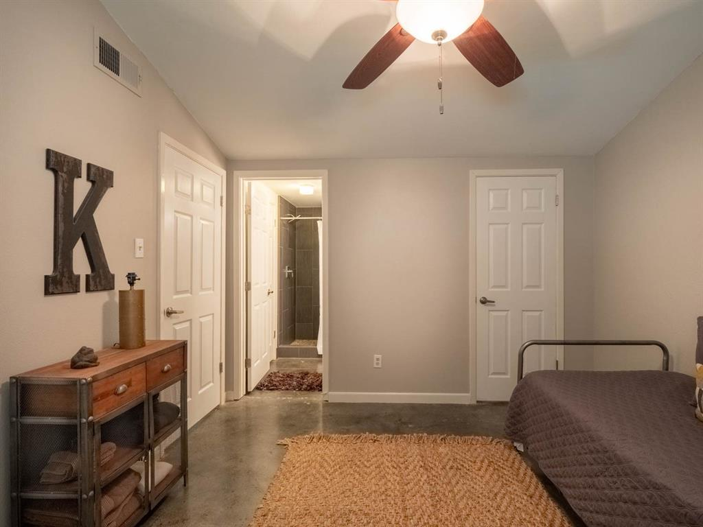 5615 Thunderbird  Court, De Cordova, Texas 76049 - acquisto real estate best frisco real estate broker in texas for high net worth buyers