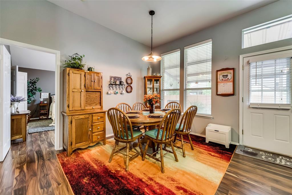 2612 Hilcroft  Avenue, Denton, Texas 76210 - acquisto real estate best listing agent in the nation shana acquisto estate realtor