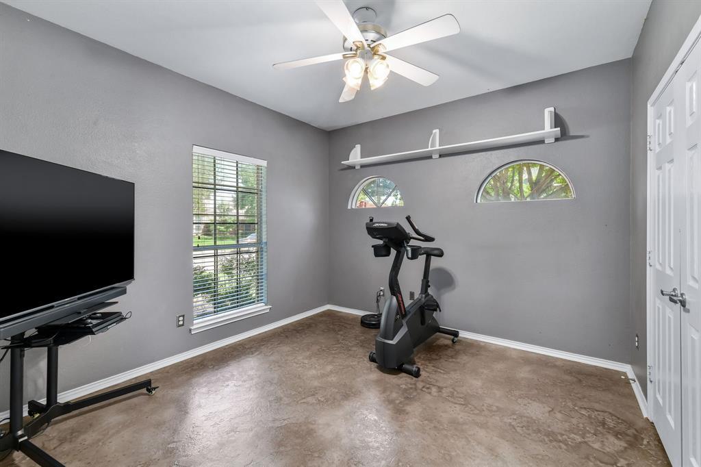2311 Norwich  Drive, Carrollton, Texas 75006 - acquisto real estate best frisco real estate agent amy gasperini panther creek realtor