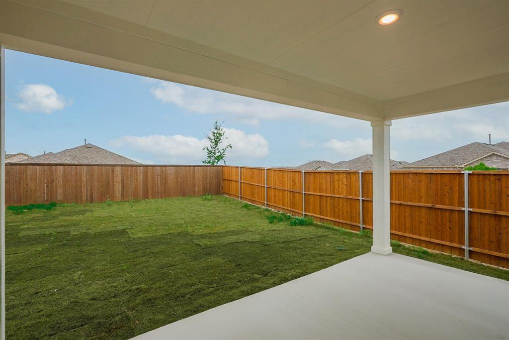 2633 Wheeler  Avenue, Aubrey, Texas 76227 - acquisto real estate best frisco real estate agent amy gasperini panther creek realtor