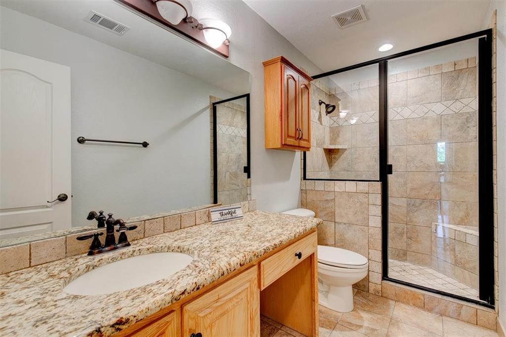 4407 Cluster Oak  Court, Granbury, Texas 76049 - acquisto real estate best photo company frisco 3d listings