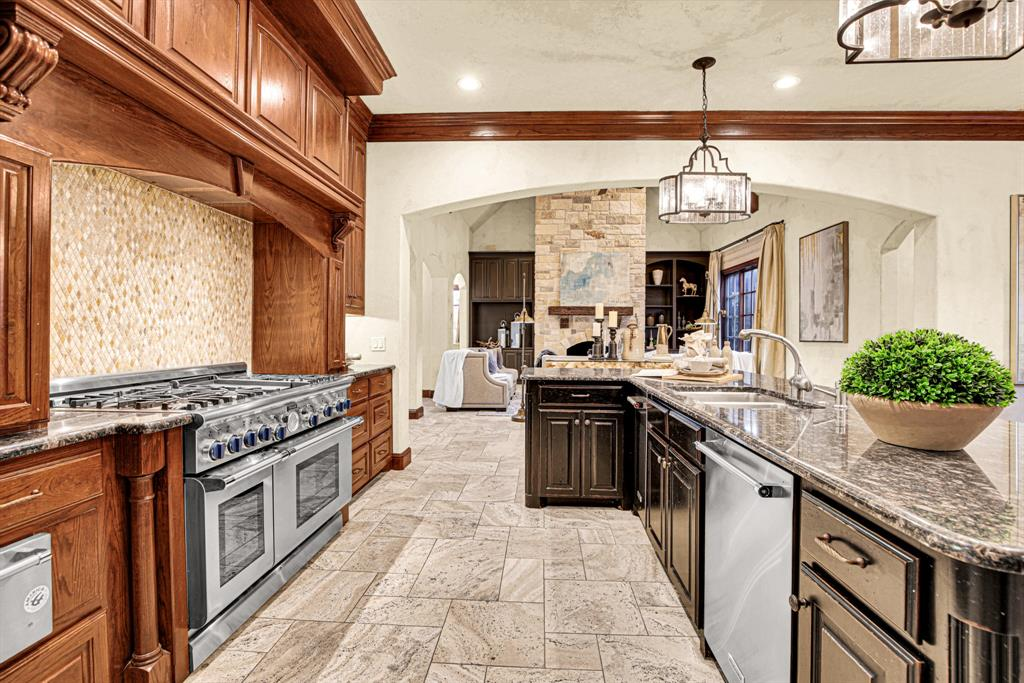 4649 Saint Laurent  Court, Fort Worth, Texas 76126 - acquisto real estate best new home sales realtor linda miller executor real estate