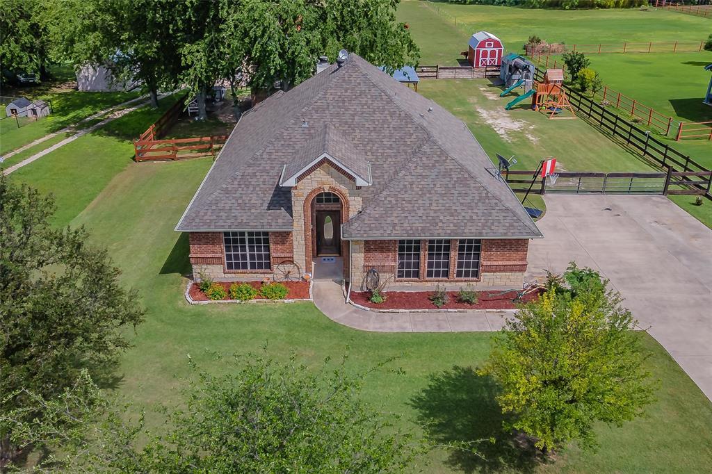 132 Fossil Rock  Drive, Azle, Texas 76020 - Acquisto Real Estate best mckinney realtor hannah ewing stonebridge ranch expert