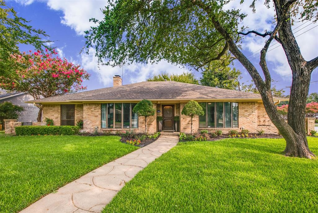 6339 Crestmont  Drive, Dallas, Texas 75214 - Acquisto Real Estate best plano realtor mike Shepherd home owners association expert