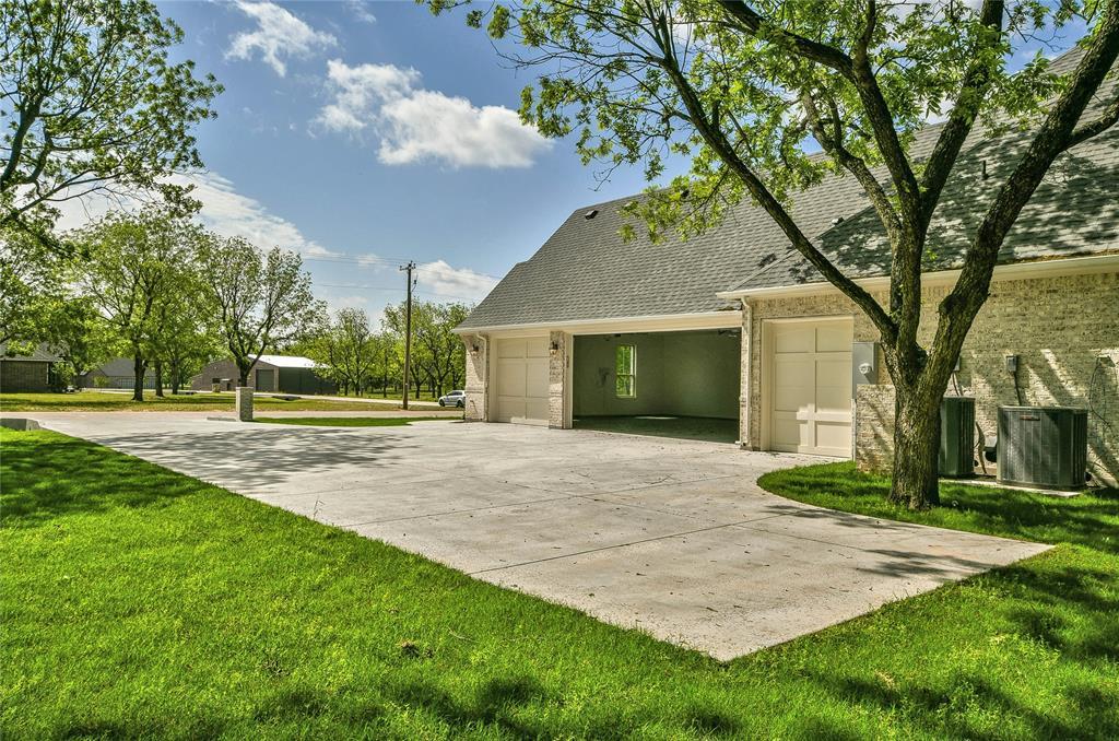 8021 Landings  Road, Granbury, Texas 76049 - acquisto real estate best allen realtor kim miller hunters creek expert