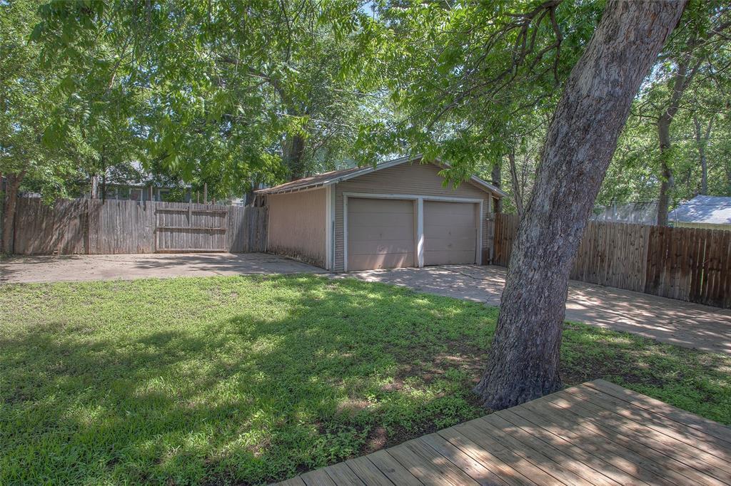 1012 Orange  Street, Fort Worth, Texas 76110 - acquisto real estate best park cities realtor kim miller best staging agent