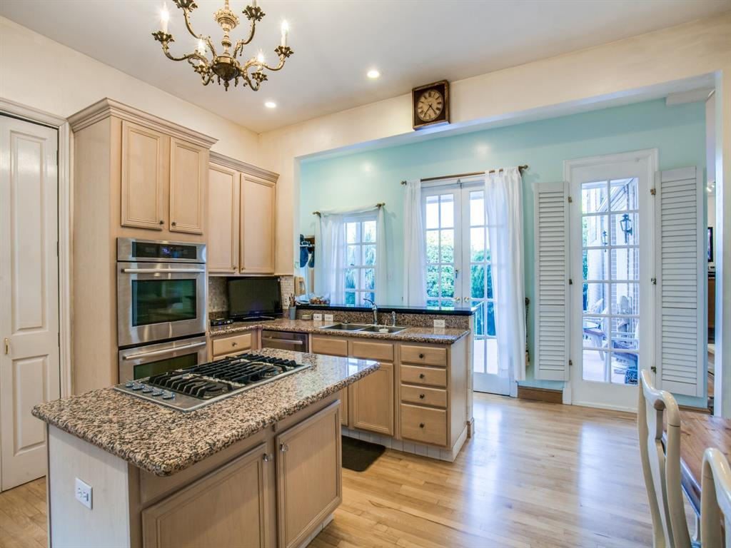2309 Auburn  Avenue, Dallas, Texas 75214 - acquisto real estate best new home sales realtor linda miller executor real estate