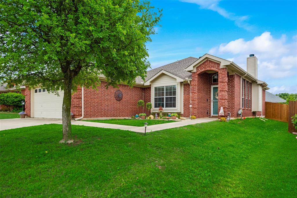 2612 Hilcroft  Avenue, Denton, Texas 76210 - acquisto real estate best allen realtor kim miller hunters creek expert