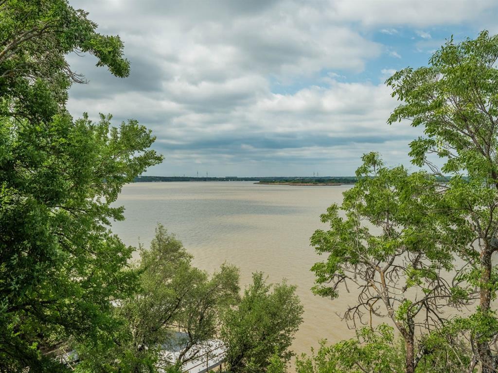 5615 Thunderbird  Court, De Cordova, Texas 76049 - acquisto real estate best plano real estate agent mike shepherd