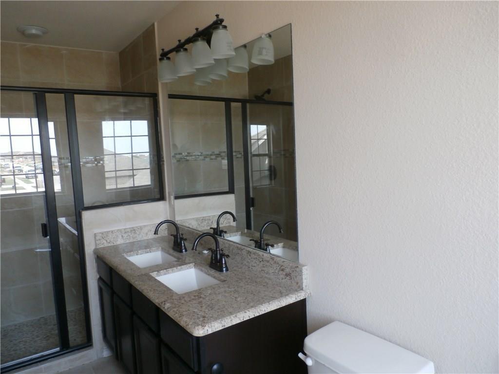 5003 Sanger Circle  Drive, Sanger, Texas 76266 - acquisto real estate best the colony realtor linda miller the bridges real estate