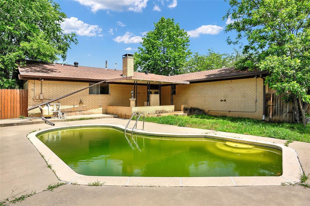 1713 Ridgeway  Drive, Sherman, Texas 75092 - acquisto real estate smartest realtor in america shana acquisto