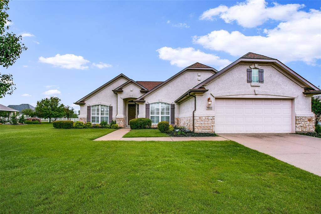 9012 Kingston  Drive, Denton, Texas 76207 - Acquisto Real Estate best plano realtor mike Shepherd home owners association expert