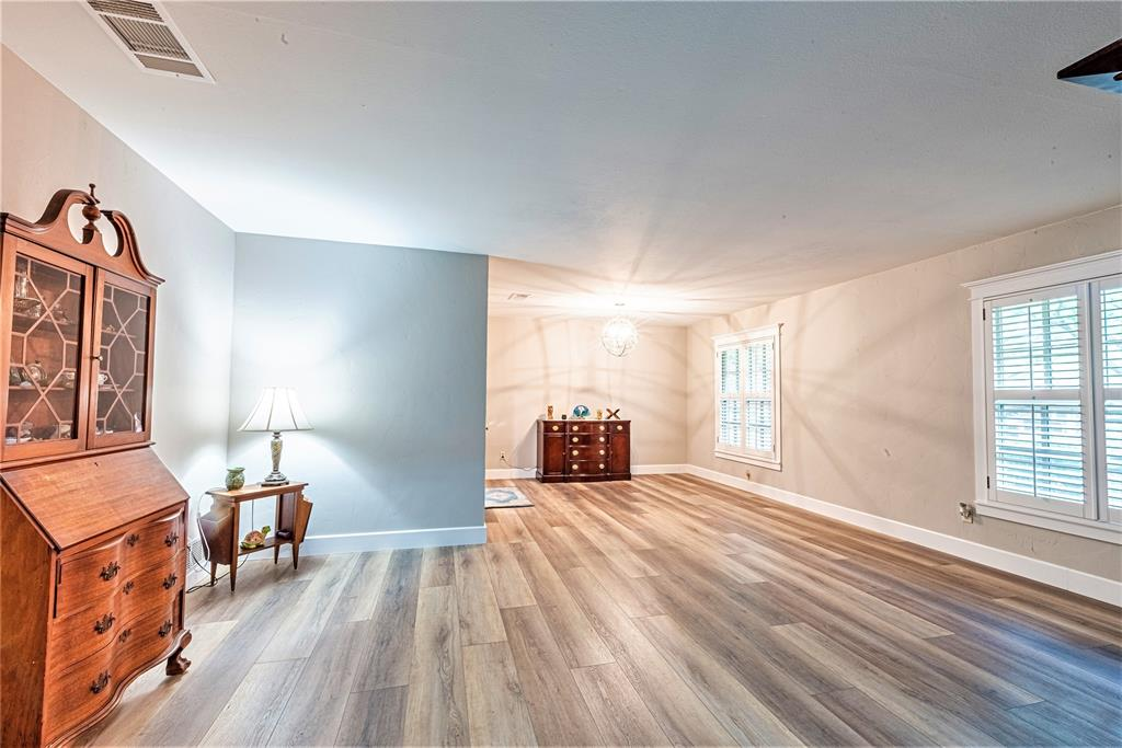 4508 Briarhaven  Road, Fort Worth, Texas 76109 - acquisto real estate best photos for luxury listings amy gasperini quick sale real estate
