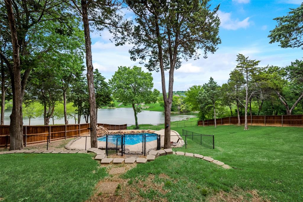 2701 Waters Edge  Drive, Cedar Hill, Texas 75104 - acquisto real estate best looking realtor in america shana acquisto