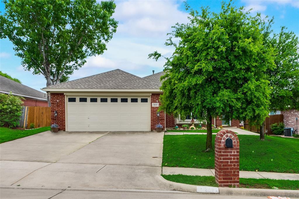 2612 Hilcroft  Avenue, Denton, Texas 76210 - acquisto real estate best the colony realtor linda miller the bridges real estate