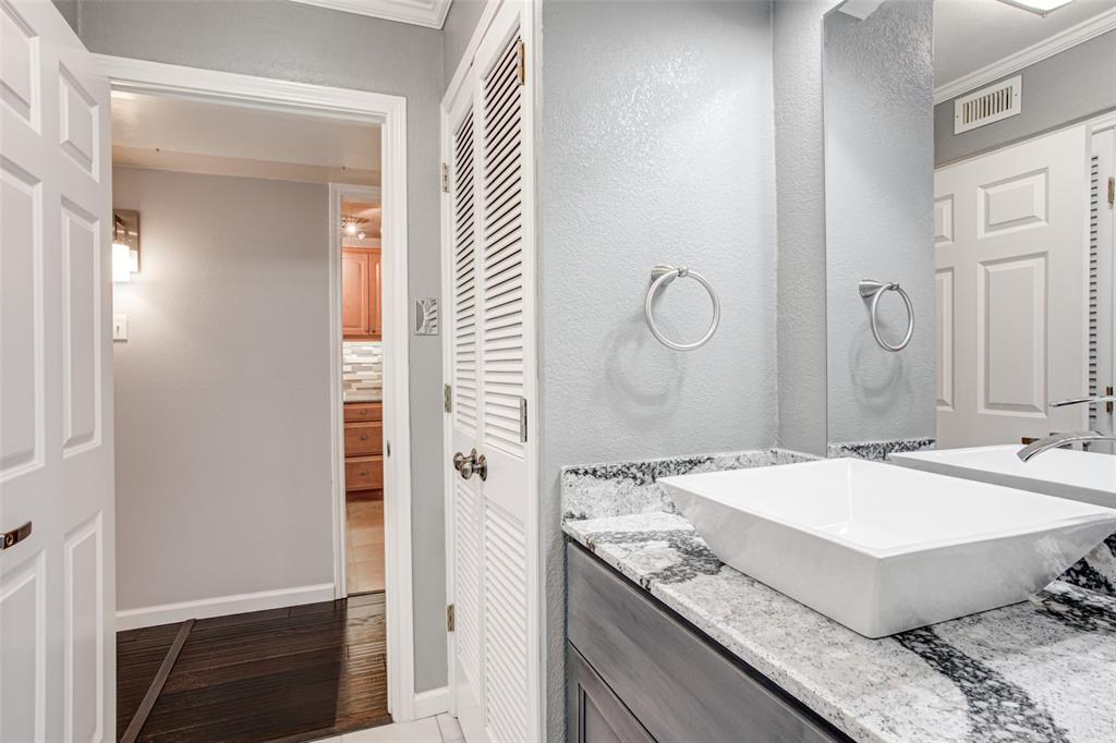 5018 Les Chateaux  Drive, Dallas, Texas 75235 - acquisto real estate best listing listing agent in texas shana acquisto rich person realtor