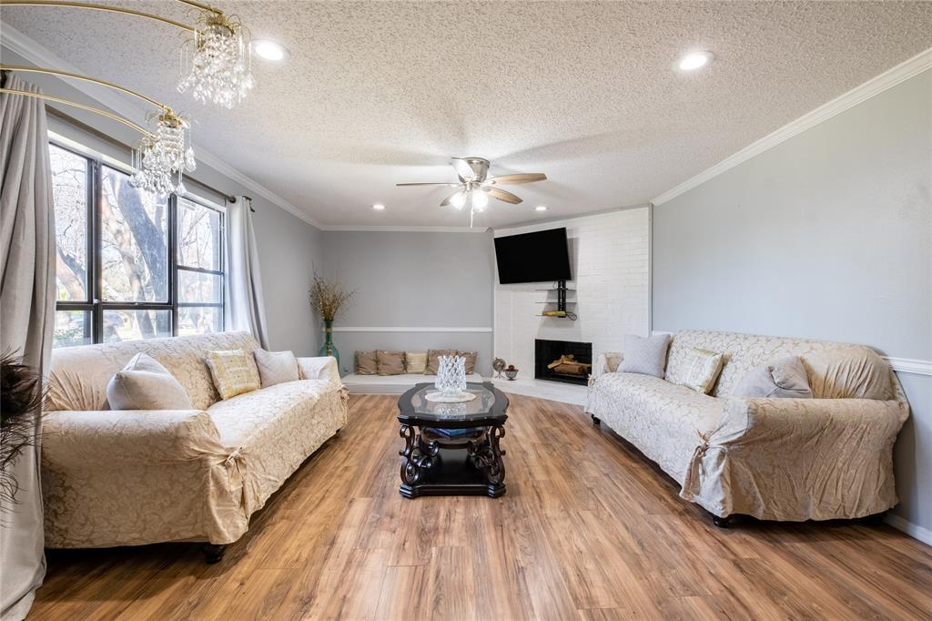2718 Ivanridge  Lane, Garland, Texas 75044 - acquisto real estate best listing listing agent in texas shana acquisto rich person realtor