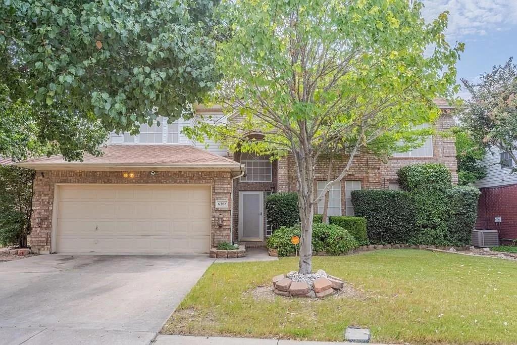6308 Fannin  Drive, Arlington, Texas 76001 - Acquisto Real Estate best plano realtor mike Shepherd home owners association expert