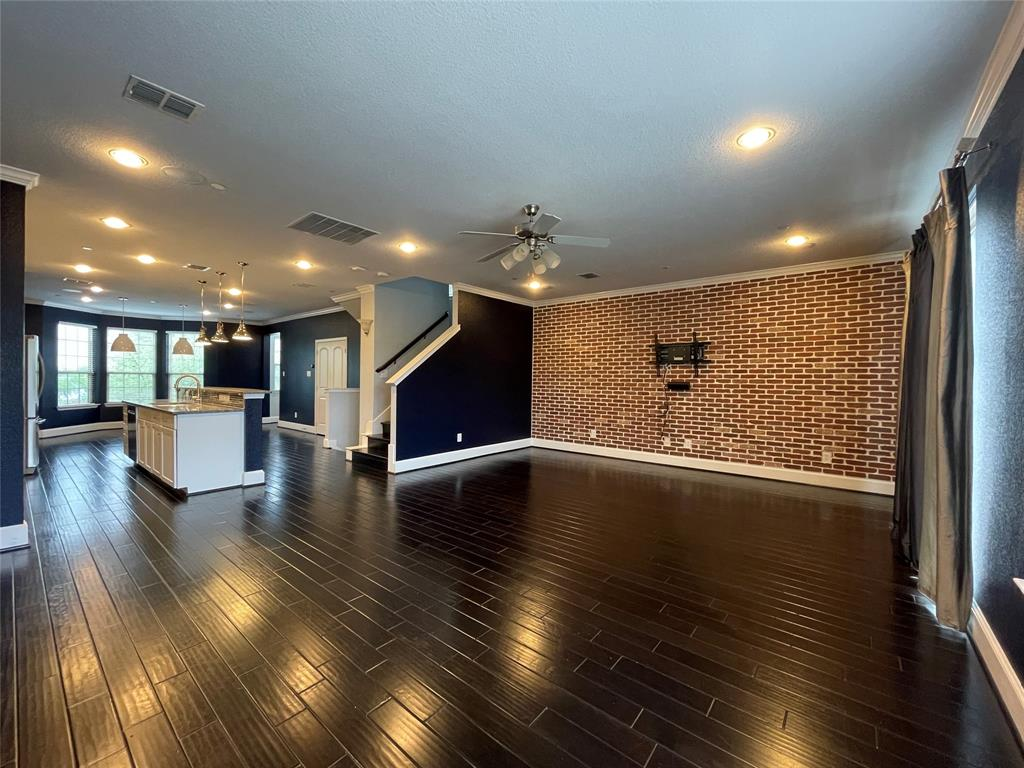 3926 Asbury  Lane, Addison, Texas 75001 - acquisto real estate best frisco real estate broker in texas for high net worth buyers