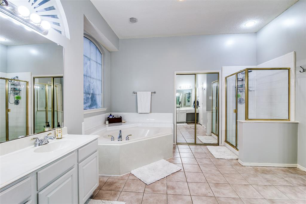2214 Harborview  Boulevard, Rowlett, Texas 75088 - acquisto real estate best designer and realtor hannah ewing kind realtor
