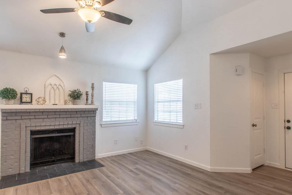 807 Windcrest  Drive, Keller, Texas 76248 - acquisto real estate best the colony realtor linda miller the bridges real estate