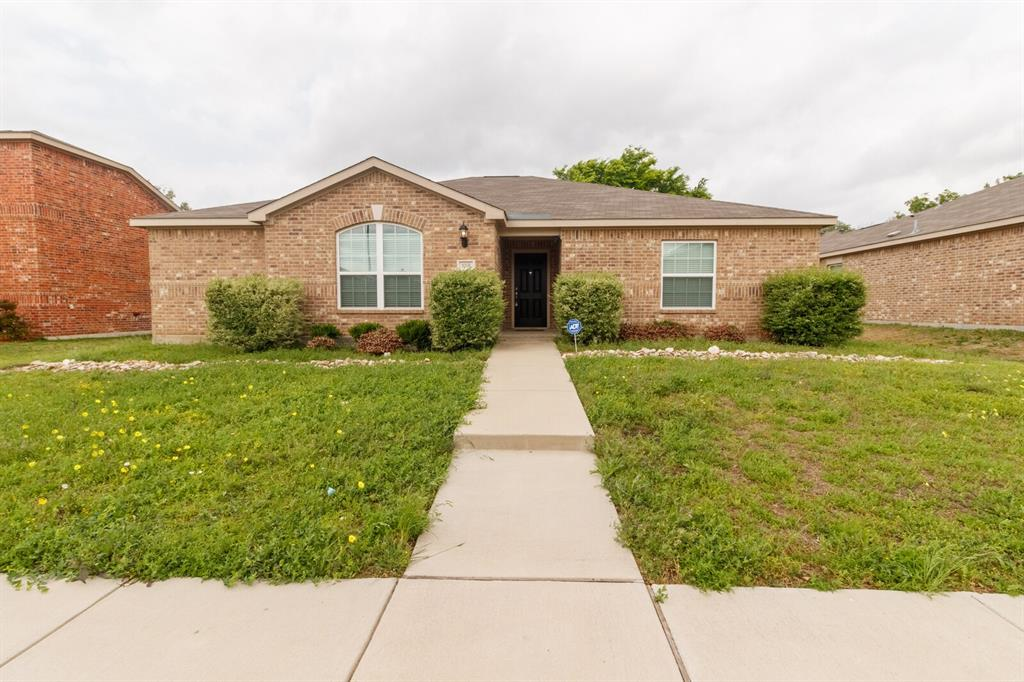 1031 Stanwyck  Avenue, Duncanville, Texas 75137 - Acquisto Real Estate best plano realtor mike Shepherd home owners association expert