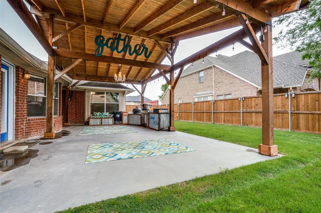 631 Crockett  Drive, Lavon, Texas 75166 - acquisto real estaet best boutique real estate firm in texas for high net worth sellers