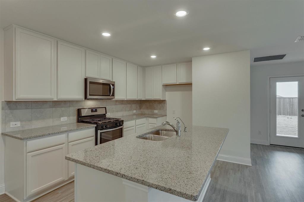 2633 Wheeler  Avenue, Aubrey, Texas 76227 - acquisto real estate best real estate company in frisco texas real estate showings