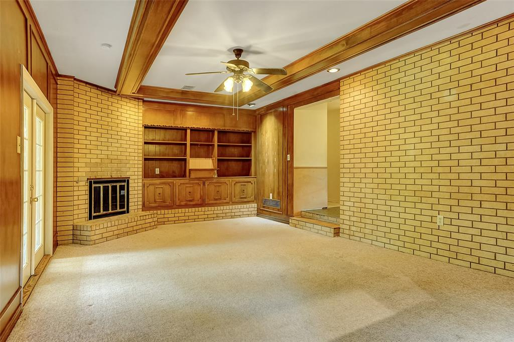 1713 Ridgeway  Drive, Sherman, Texas 75092 - acquisto real estate best highland park realtor amy gasperini fast real estate service