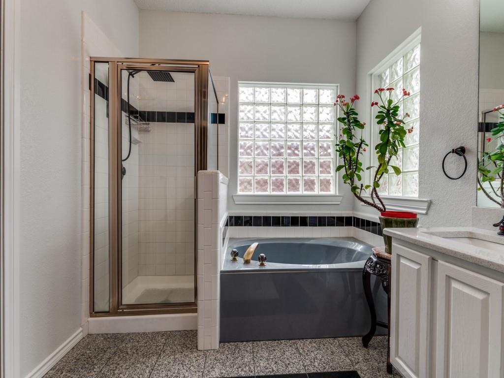 6106 Leagrove  Court, Arlington, Texas 76016 - acquisto real estate best listing listing agent in texas shana acquisto rich person realtor