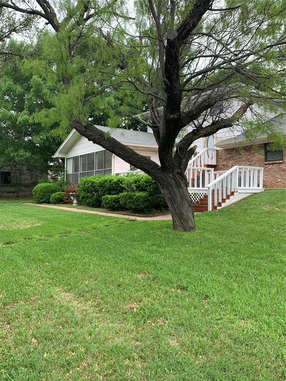 301 Tryall  Drive, Runaway Bay, Texas 76426 - Acquisto Real Estate best plano realtor mike Shepherd home owners association expert