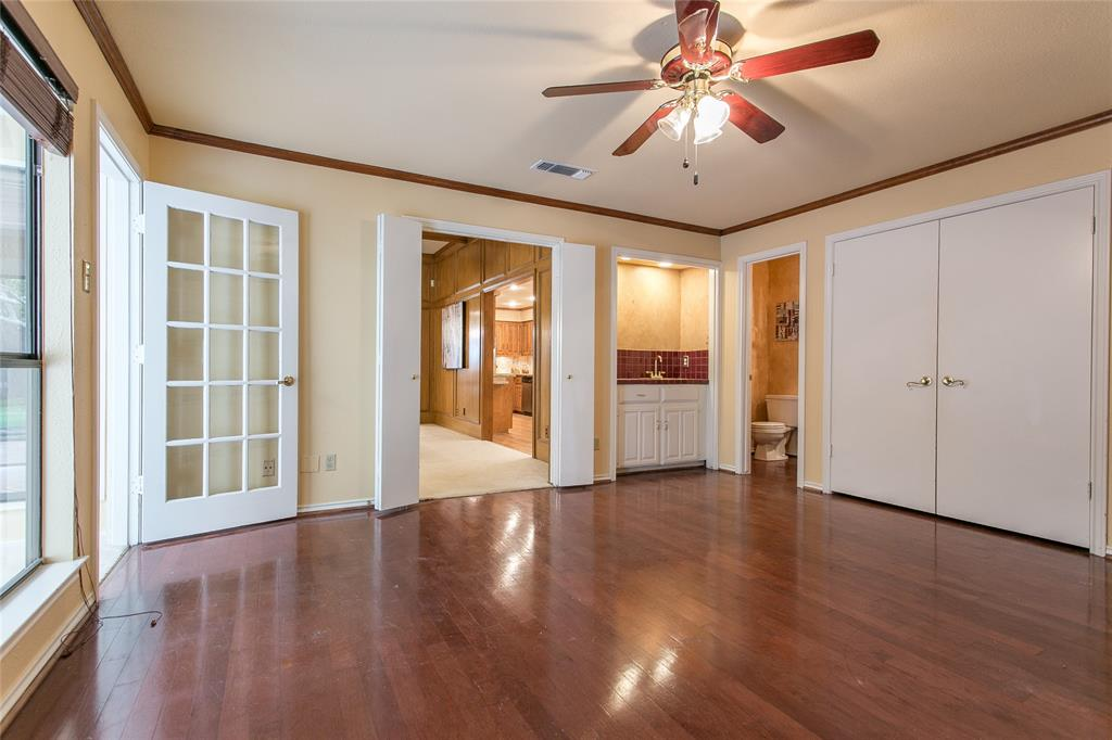 8046 Moss Meadows  Drive, Dallas, Texas 75231 - acquisto real estate best real estate company to work for