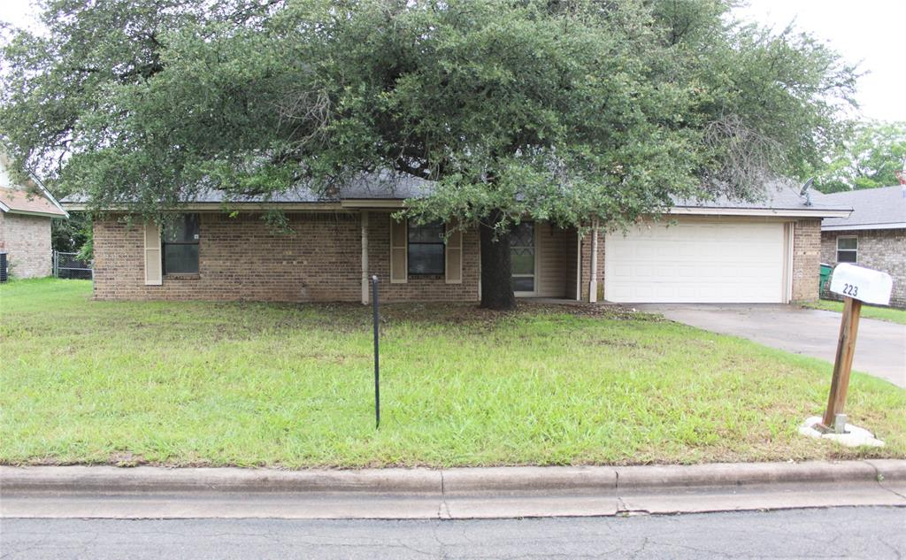 223 Sharp  Drive, Stephenville, Texas 76401 - Acquisto Real Estate best frisco realtor Amy Gasperini 1031 exchange expert