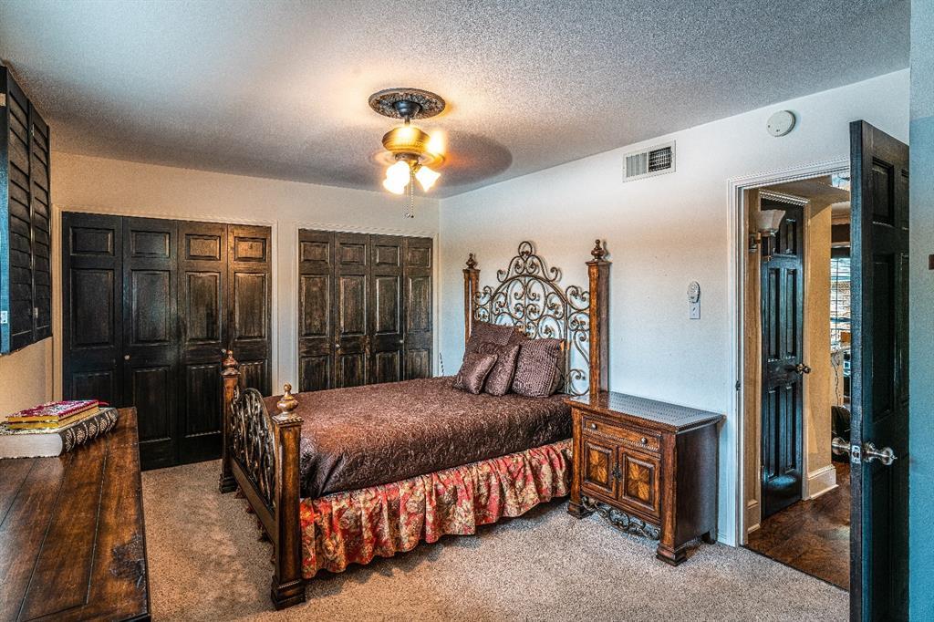 10209 Regal Oaks  Drive, Dallas, Texas 75230 - acquisto real estate best listing agent in the nation shana acquisto estate realtor