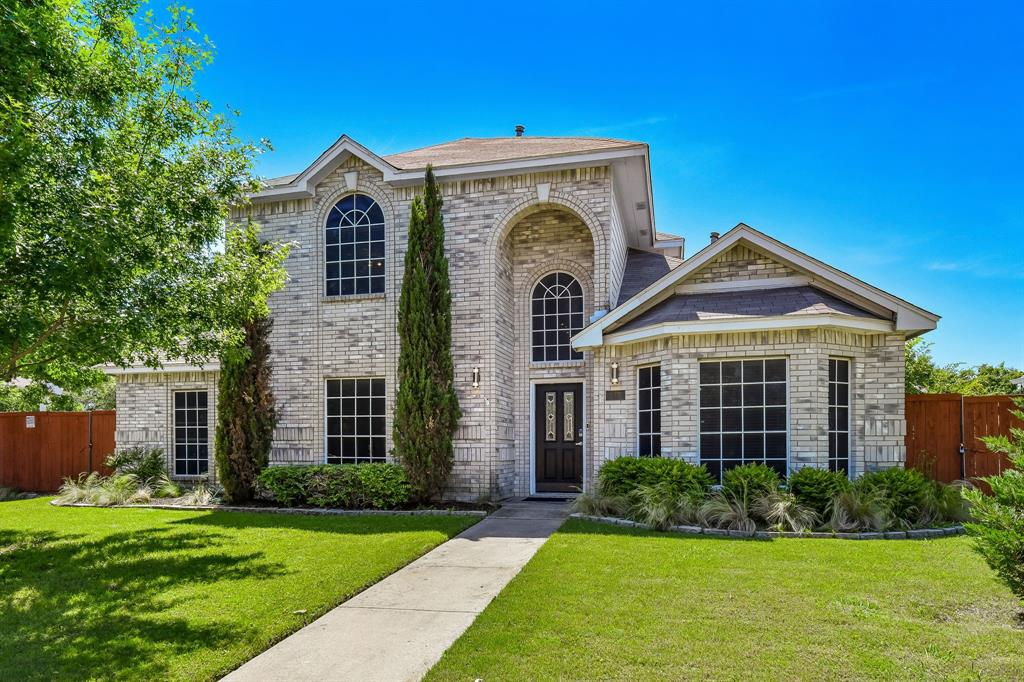 2311 Norwich  Drive, Carrollton, Texas 75006 - Acquisto Real Estate best plano realtor mike Shepherd home owners association expert