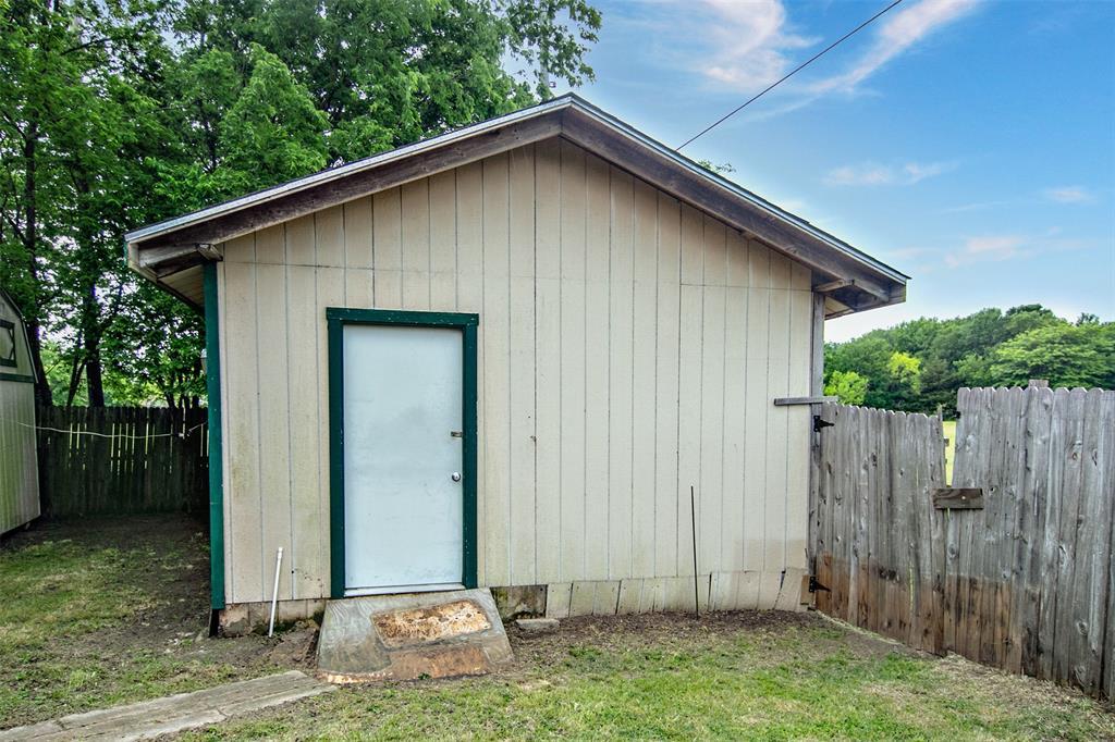1737 Northwood  Boulevard, Corsicana, Texas 75110 - acquisto real estate smartest realtor in america shana acquisto