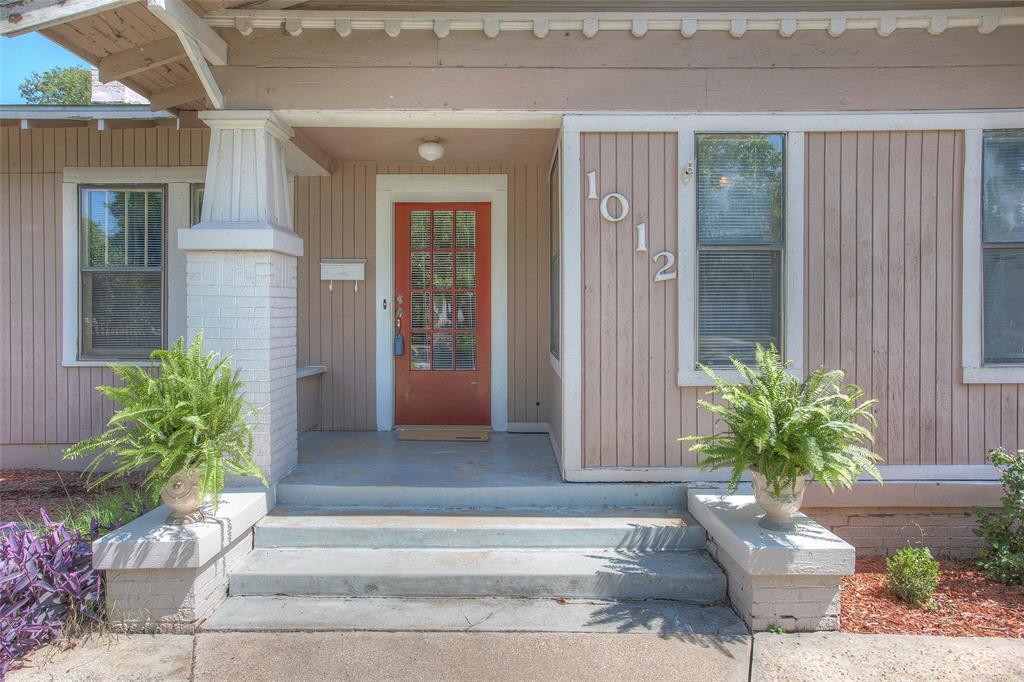 1012 Orange  Street, Fort Worth, Texas 76110 - acquisto real estate best the colony realtor linda miller the bridges real estate