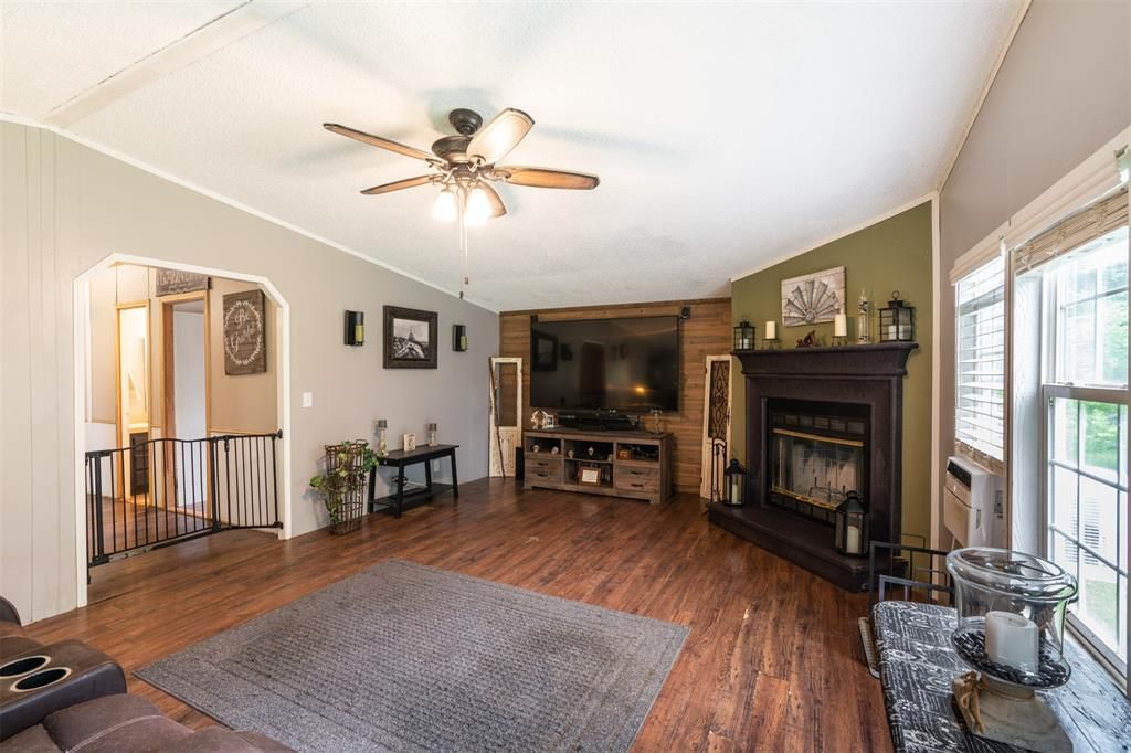 3360 Interstate Highway 30  Greenville, Texas 75402 - acquisto real estate best photos for luxury listings amy gasperini quick sale real estate