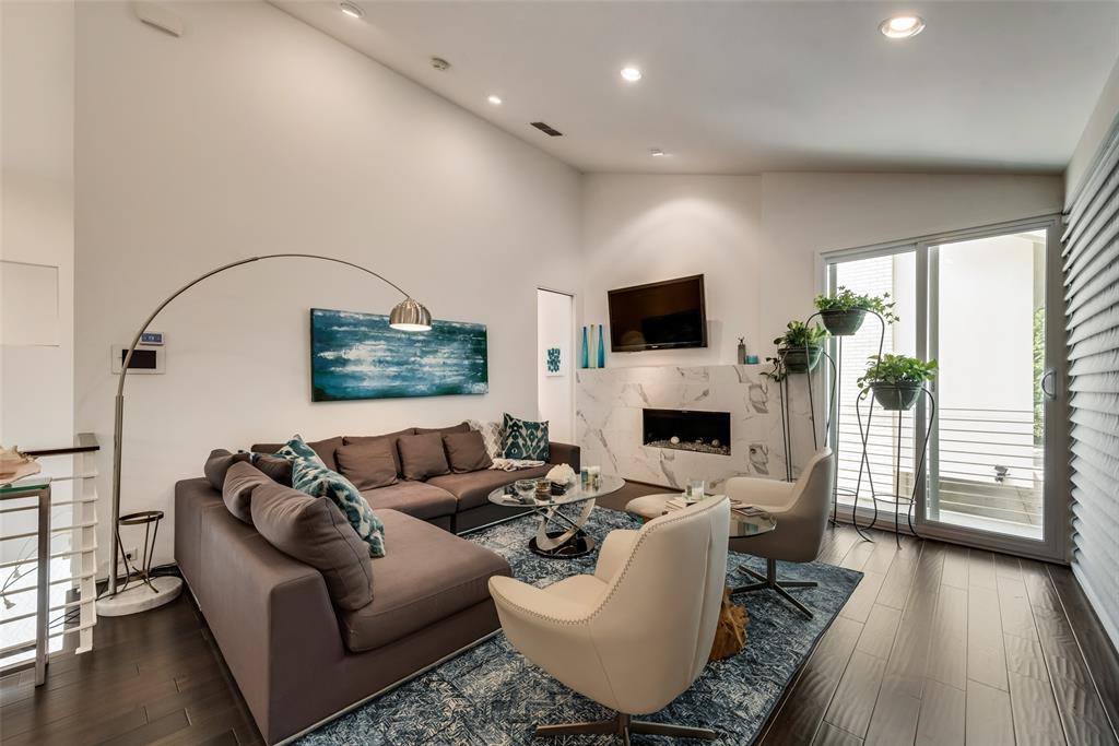 4711 Live Oak  Street, Dallas, Texas 75204 - acquisto real estate best highland park realtor amy gasperini fast real estate service
