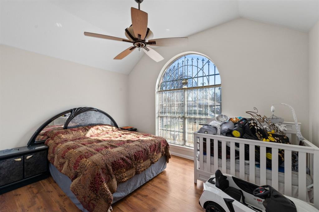 925 Bessie  Street, Fort Worth, Texas 76104 - acquisto real estate best listing agent in the nation shana acquisto estate realtor