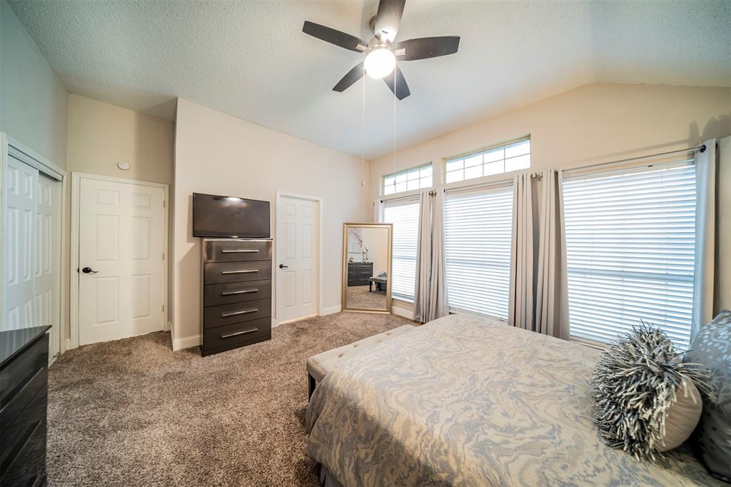 210 Chamblin  Drive, Cedar Hill, Texas 75104 - acquisto real estate best new home sales realtor linda miller executor real estate